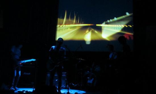 pentatonic在上海演出现场,2013.10,on stage 拍摄:徐亮
