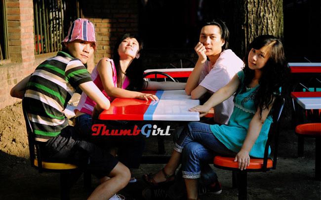 2008年的拇指姑娘;由左至右:子芙、悟空、刘平、小会 摄影:林楠