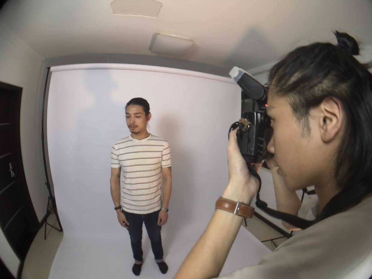 琥珀拍摄宣传照的工作照片