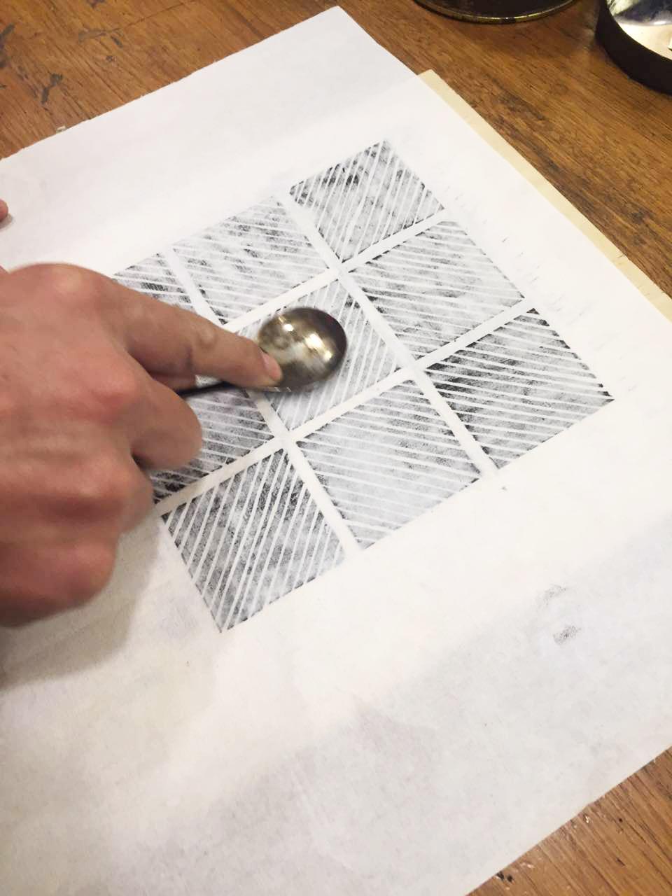 拓印,麻瓜黑胶唱片《白噪音》预售附赠版画制作过程之一